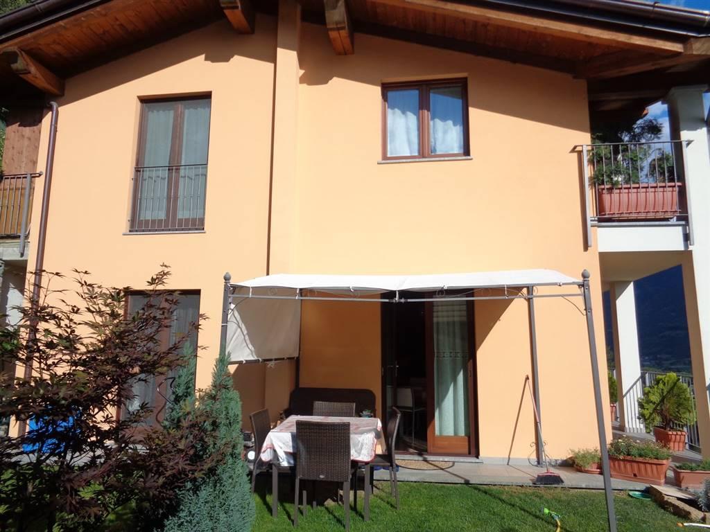 Soluzione Indipendente in vendita a Quart, 4 locali, zona Zona: Villair, prezzo € 294.000 | Cambio Casa.it