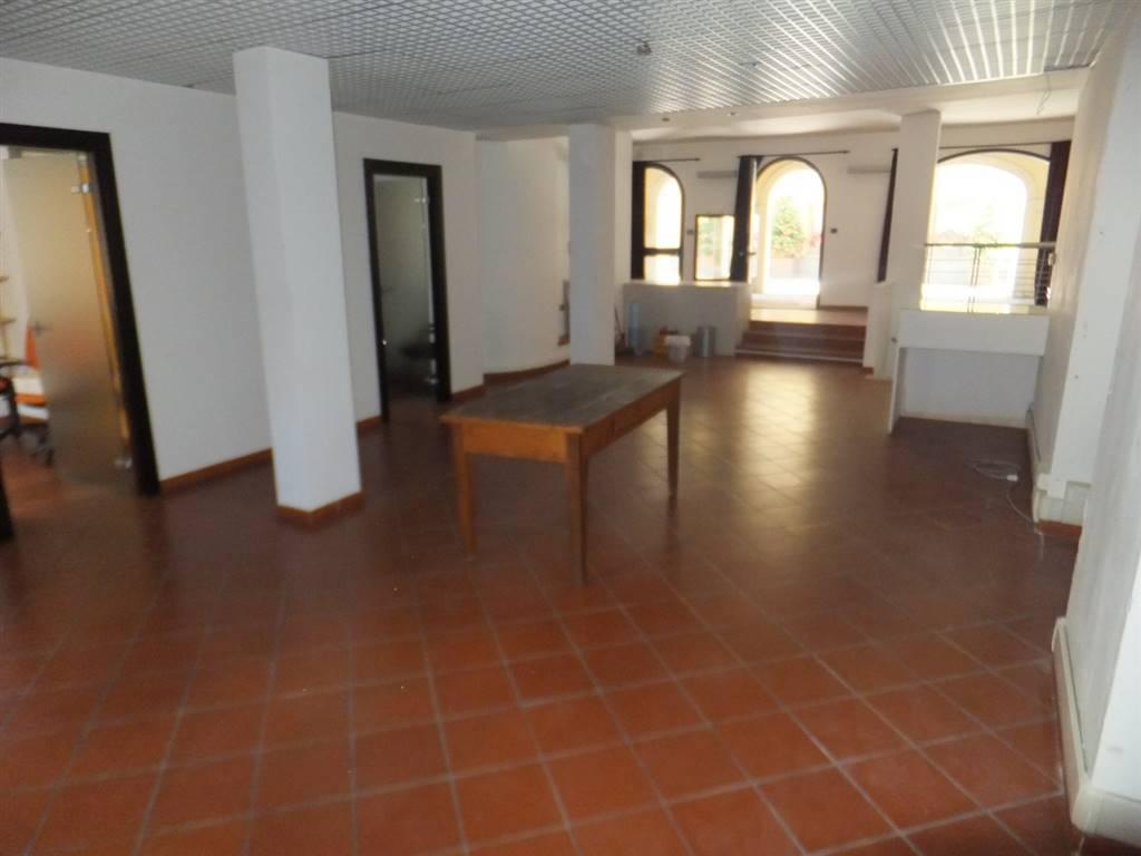 Attività / Licenza in vendita a Aosta, 9999 locali, zona Zona: Centro, prezzo € 195.000 | CambioCasa.it