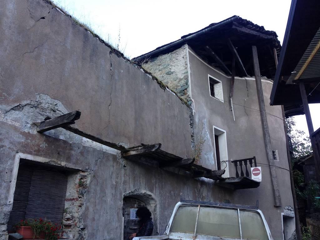 Rustico / Casale in vendita a Fenis, 1 locali, prezzo € 65.000 | Cambio Casa.it