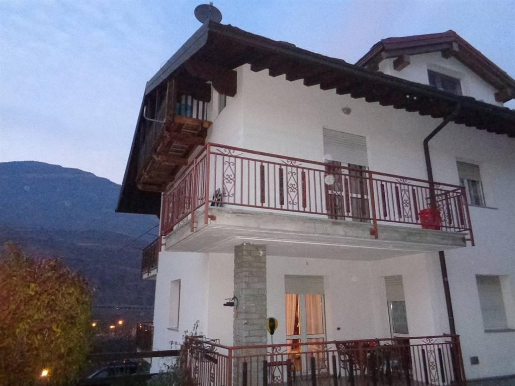Soluzione Indipendente in vendita a Aymavilles, 4 locali, prezzo € 185.000 | Cambio Casa.it