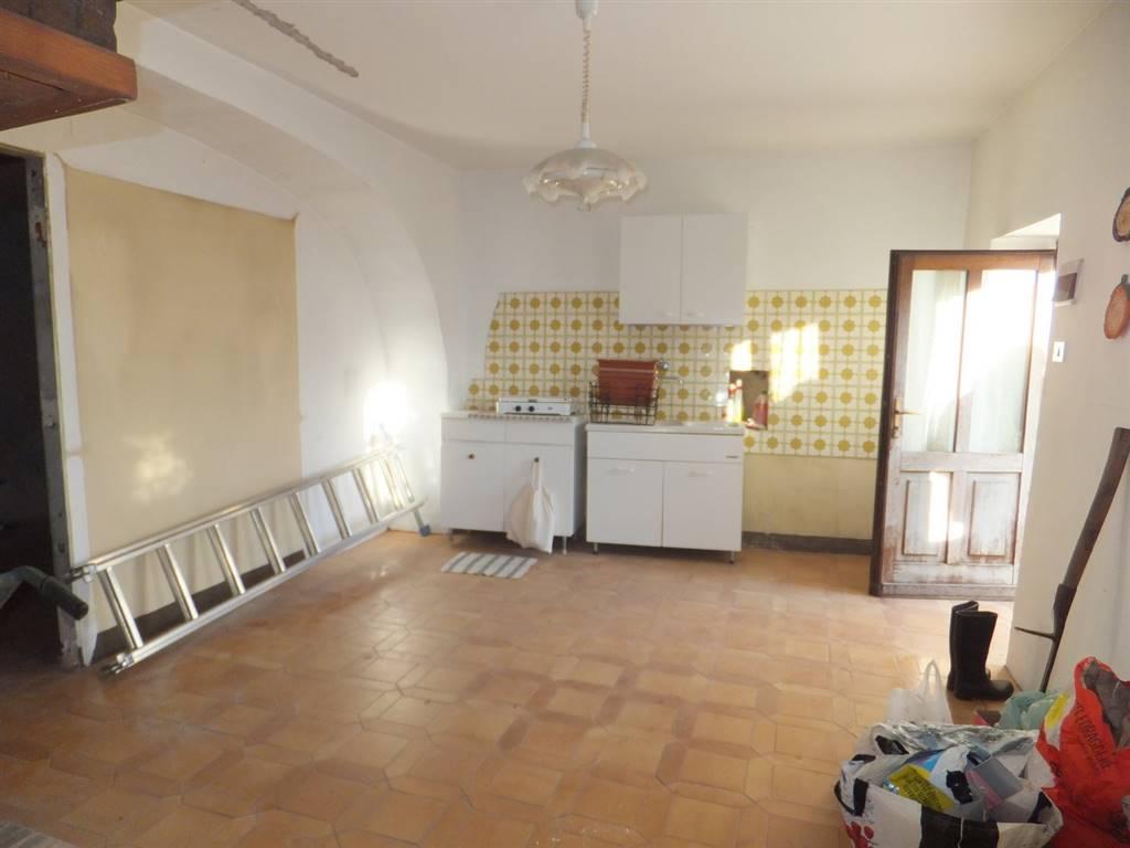 Rustico / Casale in vendita a Saint-Christophe, 6 locali, prezzo € 110.000 | CambioCasa.it