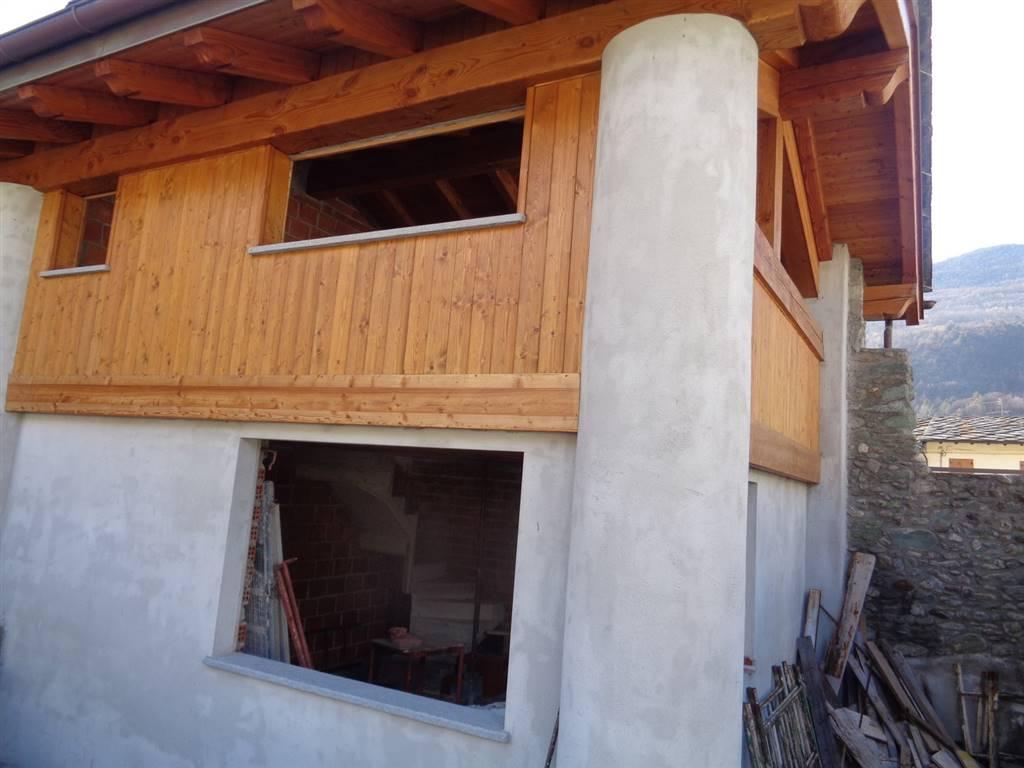 Soluzione Indipendente in vendita a Nus, 3 locali, prezzo € 160.000 | CambioCasa.it