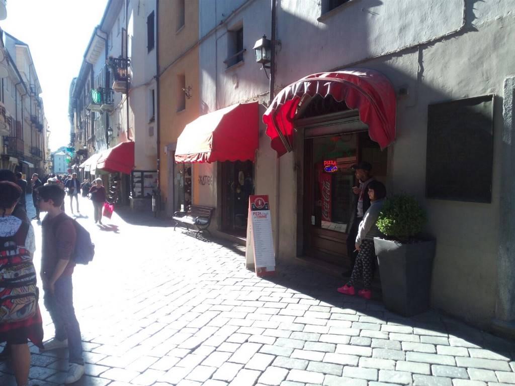 Negozio / Locale in vendita a Aosta, 2 locali, zona Zona: Centro, prezzo € 45.000 | CambioCasa.it