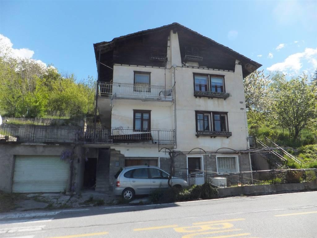 Soluzione Indipendente in vendita a Quart, 10 locali, zona Località: CHANTIGNAN, prezzo € 155.000 | CambioCasa.it
