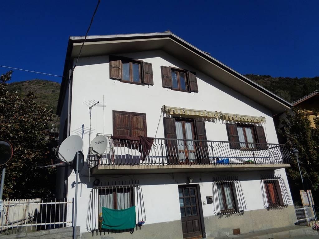 Villa in vendita a Sarre, 6 locali, prezzo € 180.000 | CambioCasa.it
