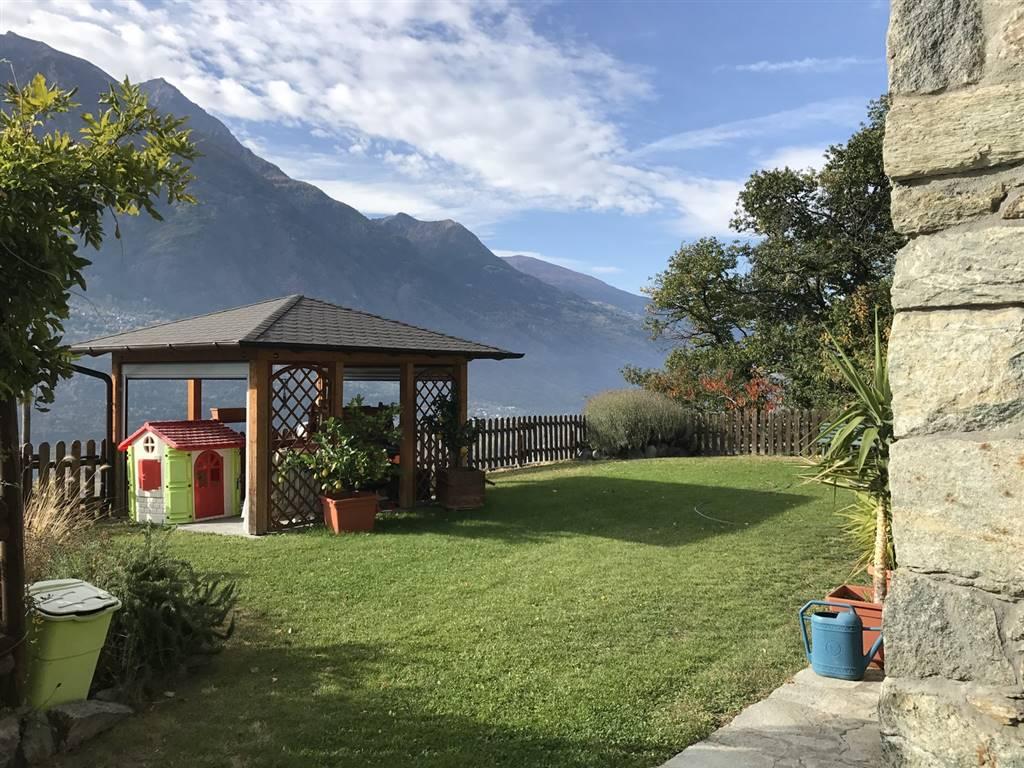 Villa in vendita a Quart, 5 locali, zona Località: VERNEY, prezzo € 320.000 | CambioCasa.it