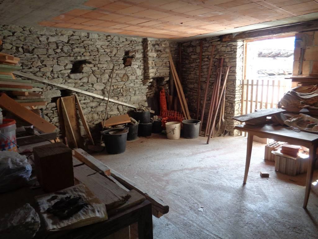Appartamento in vendita a Saint-Nicolas, 3 locali, prezzo € 150.000 | CambioCasa.it