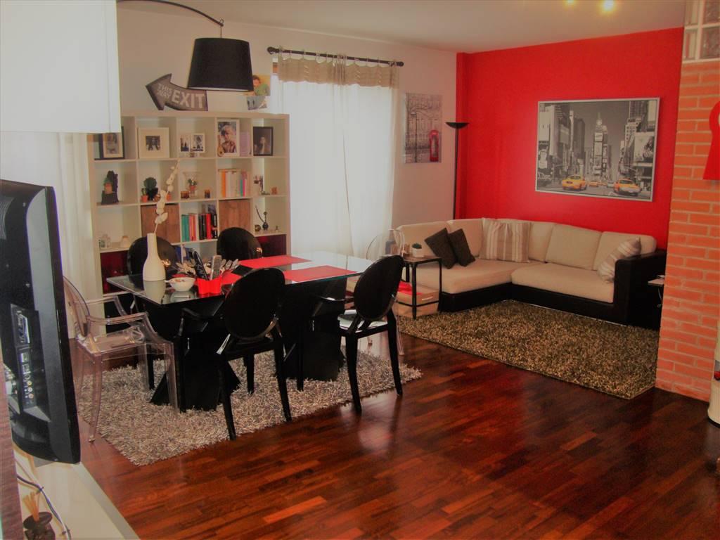 Appartamento in Vendita a Monza: 3 locali, 110 mq
