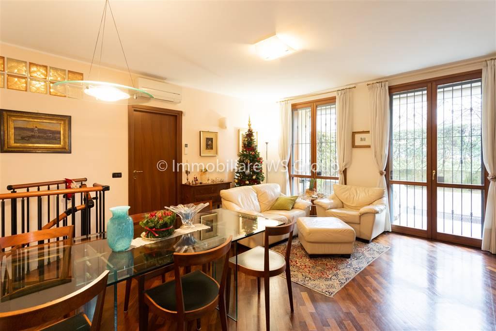 Appartamento in Vendita a Lissone: 4 locali, 140 mq