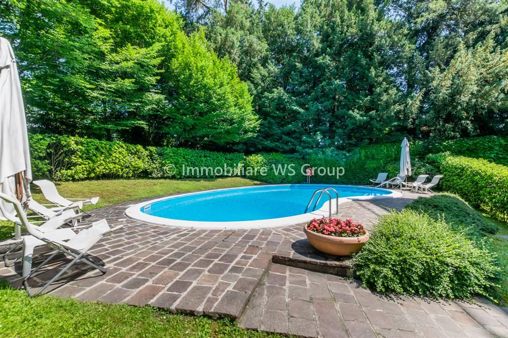 Appartamento in Vendita a Monza: 5 locali, 260 mq