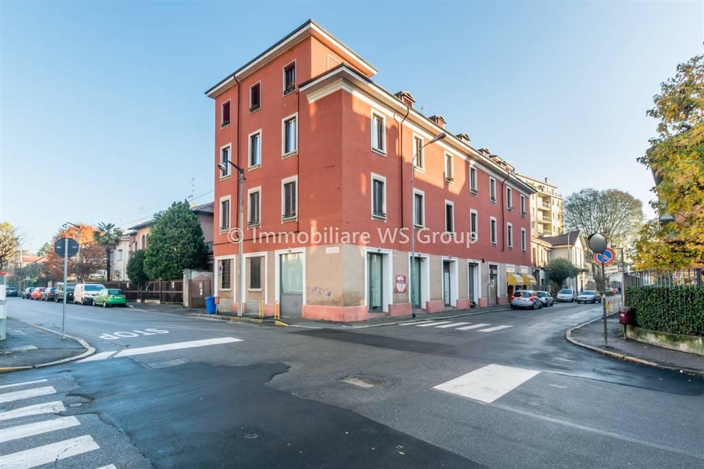 Appartamento in Vendita a Monza: 2 locali, 84 mq
