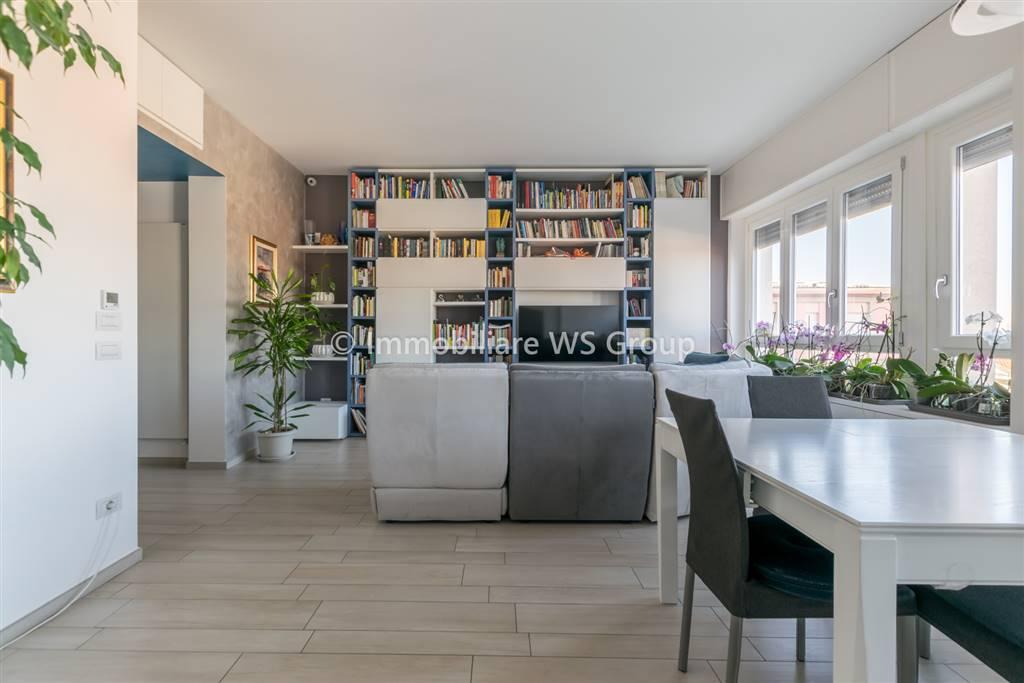 Appartamento in Vendita a Villasanta: 3 locali, 105 mq