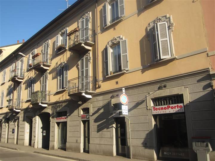 Appartamento in vendita a Monza, 3 locali, zona Zona: 7 . San Biagio, Cazzaniga, prezzo € 285.000 | Cambiocasa.it