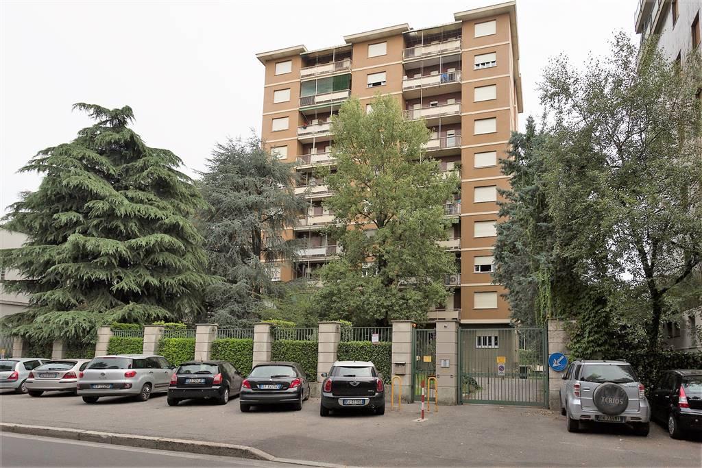 Appartamento in Vendita a Monza:  3 locali, 75 mq  - Foto 1