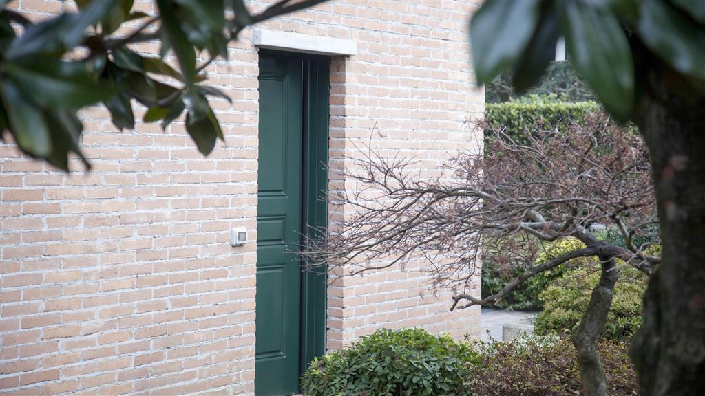 Villa in vendita a Monza, 5 locali, zona Località: VIA LECCO, prezzo € 470.000 | Cambio Casa.it