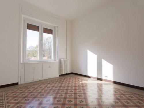 Appartamento in Affitto a Monza: 2 locali, 50 mq