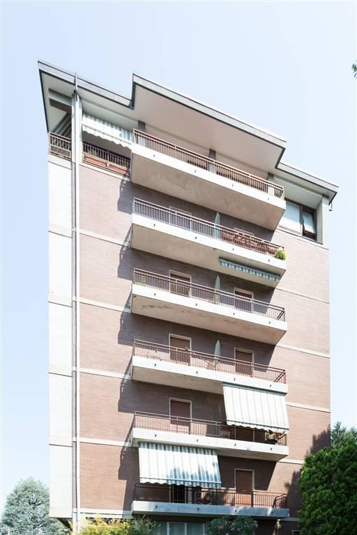 Appartamento in Vendita a Carate Brianza: 3 locali, 85 mq