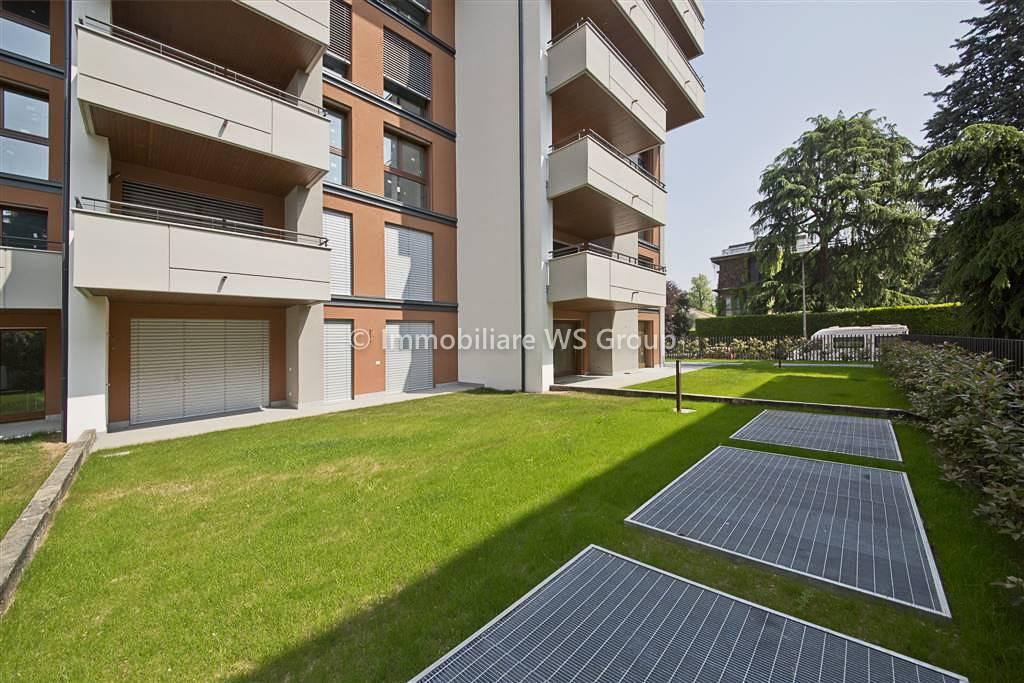 Appartamento in Vendita a Monza: 2 locali, 70 mq