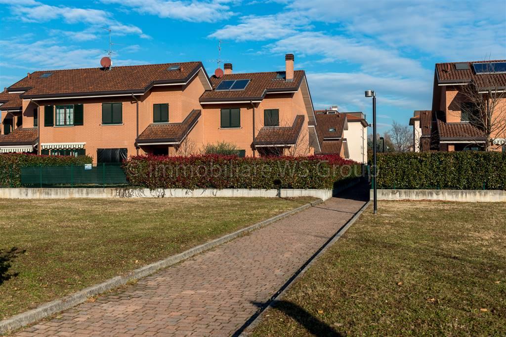 Villa in Vendita a Villasanta: 4 locali, 190 mq