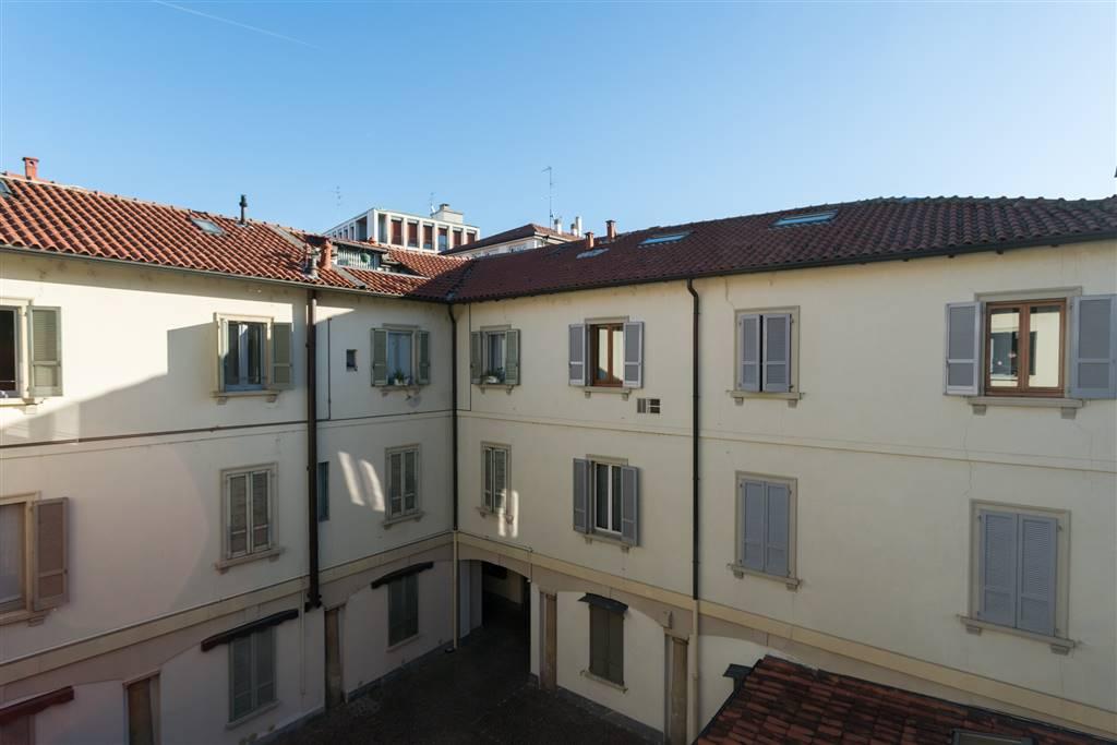 Appartamento in Vendita a Monza: 5 locali, 175 mq