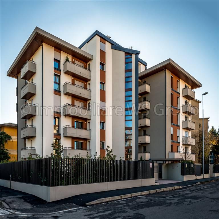 Appartamento in Vendita a Monza: 1 locali, 65 mq