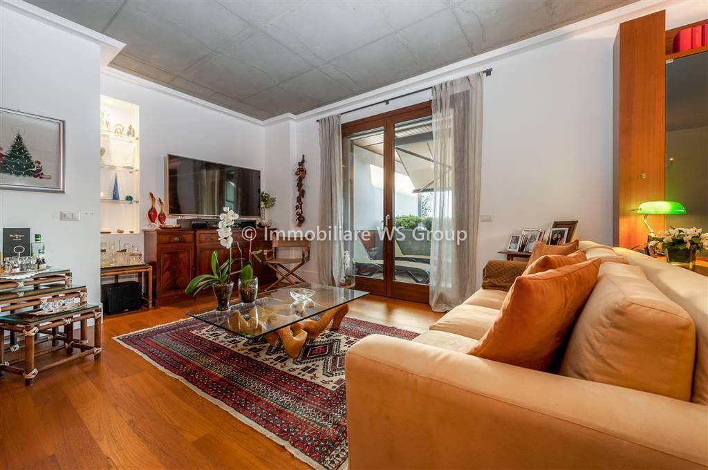 Appartamento in Vendita a Monza: 4 locali, 162 mq