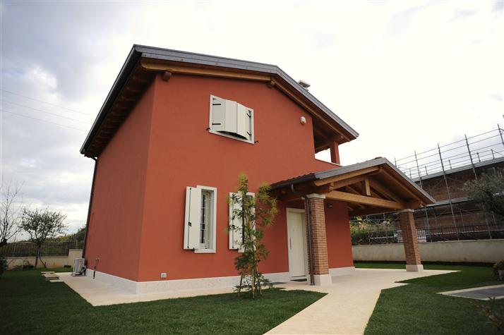 Villa in Vendita a Lavagno