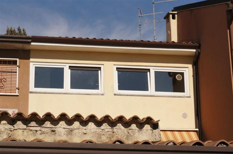 Soluzione Indipendente in vendita a San Martino Buon Albergo, 3 locali, zona Località: CASE NUOVE, prezzo € 117.000 | Cambio Casa.it
