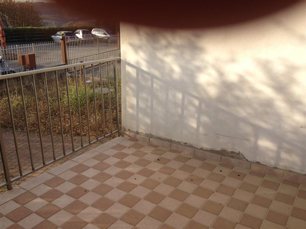 Soluzione Indipendente in vendita a Lavagno, 7 locali, zona Zona: San Briccio, prezzo € 390.000 | CambioCasa.it