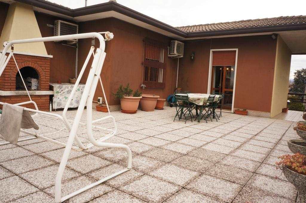 Attico / Mansarda in vendita a San Martino Buon Albergo, 4 locali, prezzo € 160.000 | Cambio Casa.it