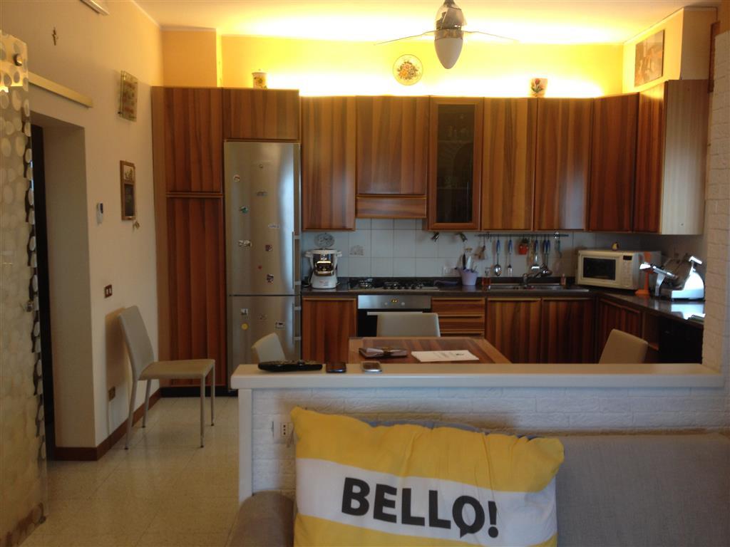 Appartamento in vendita a San Martino Buon Albergo, 4 locali, zona Località: CENTRO, prezzo € 82.000 | Cambio Casa.it