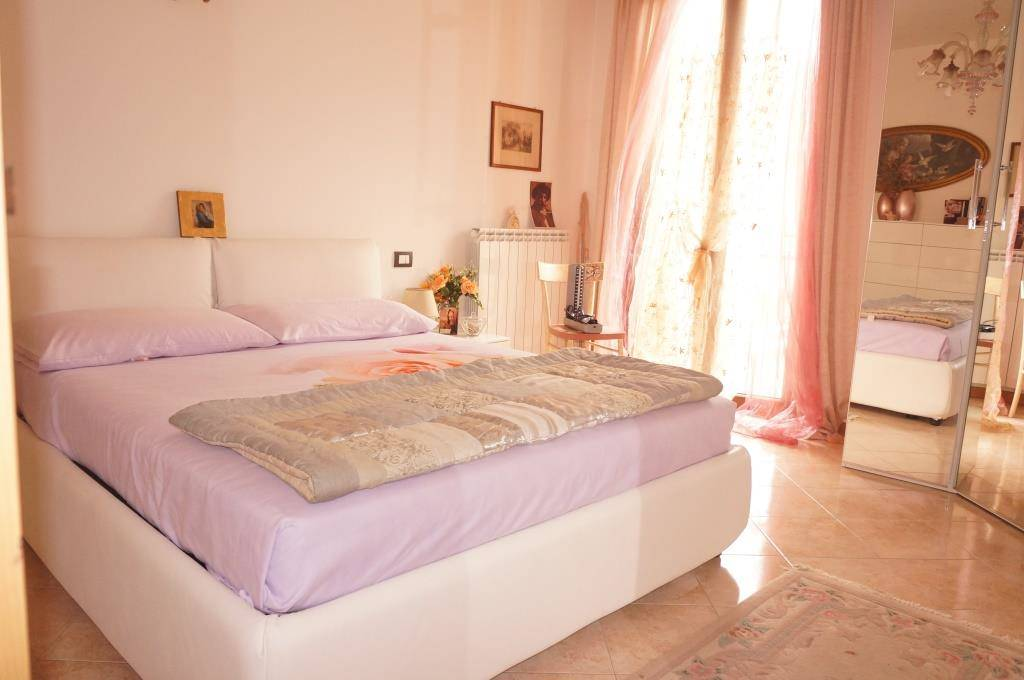 Appartamento in vendita a Lavagno, 4 locali, zona Località: FONTANA, prezzo € 168.000 | Cambio Casa.it