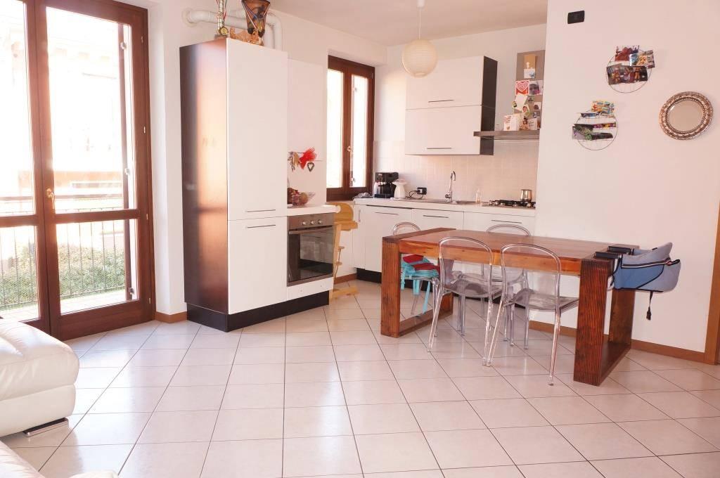 Appartamento in vendita a Colognola ai Colli, 3 locali, zona Zona: Monte con Villa (capoluogo), prezzo € 129.000 | Cambio Casa.it