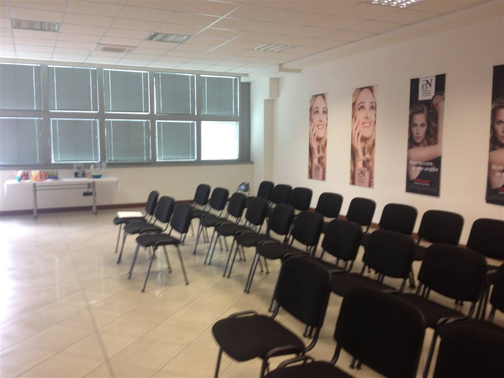 Ufficio / Studio in vendita a San Martino Buon Albergo, 1 locali, prezzo € 140.000 | Cambio Casa.it