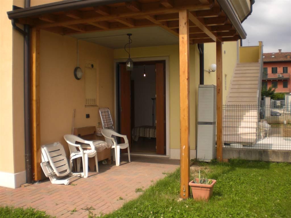 Soluzione Indipendente in vendita a Lavagno, 4 locali, zona Zona: San Pietro, prezzo € 211.000 | Cambio Casa.it
