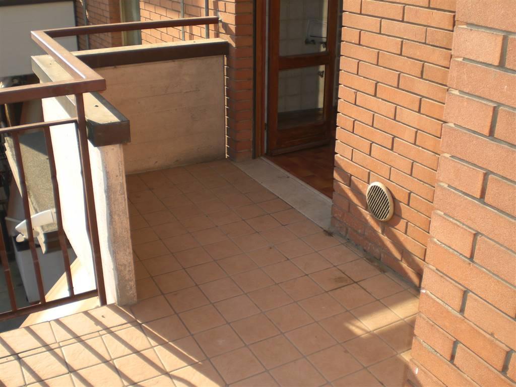 Appartamento in vendita a San Martino Buon Albergo, 4 locali, prezzo € 120.000 | CambioCasa.it