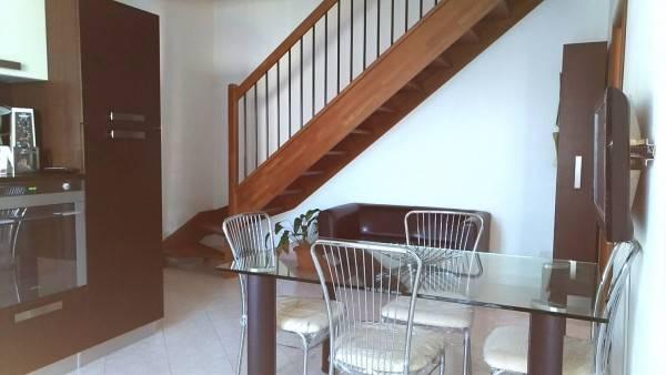 Appartamento in vendita a Lavagno, 3 locali, zona Zona: San Pietro, prezzo € 108.000 | Cambio Casa.it
