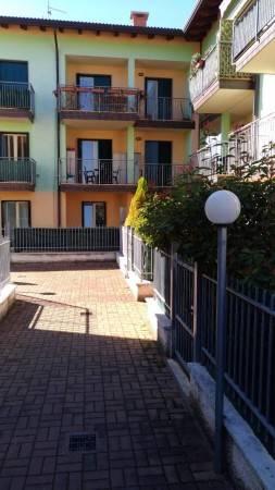 Appartamento in vendita a Lavagno, 3 locali, zona Zona: San Pietro, prezzo € 115.000 | Cambio Casa.it