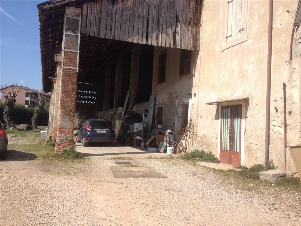 Terreno Edificabile Residenziale in vendita a Verona, 9999 locali, zona Zona: 8 . San Michele, Trattative riservate | Cambio Casa.it