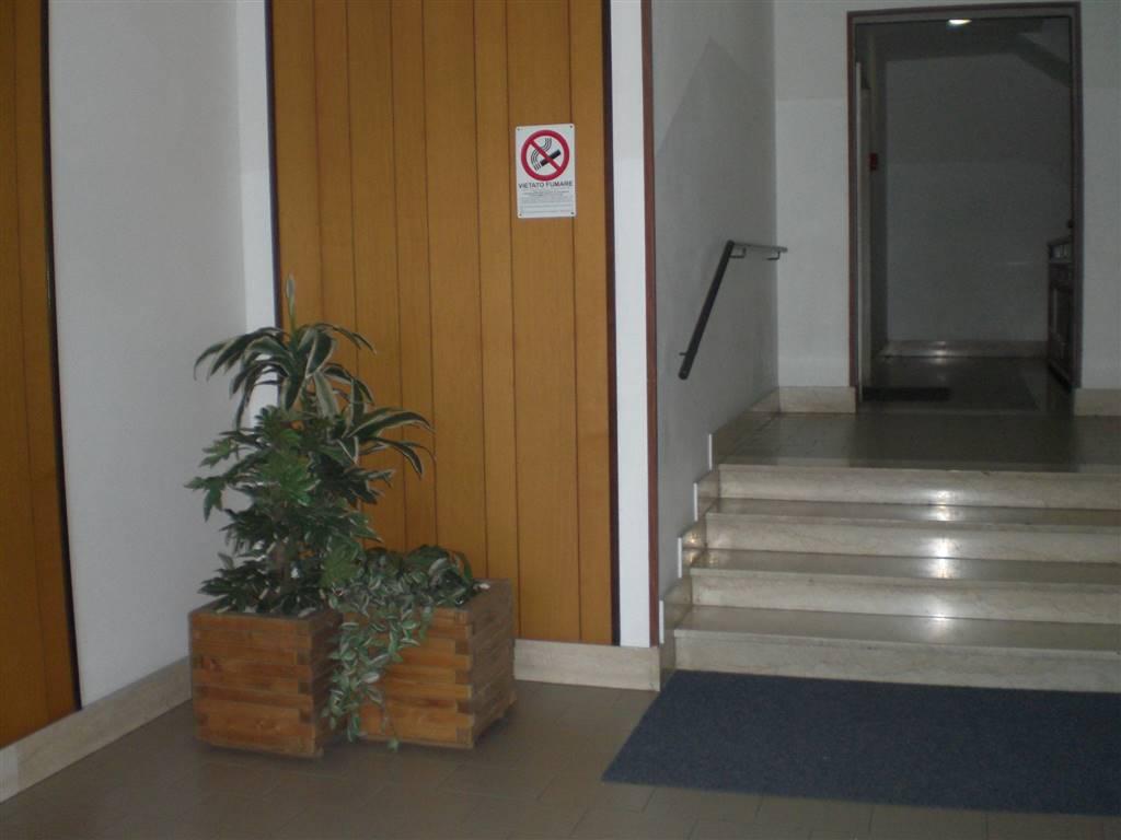 Appartamento in vendita a Lavagno, 4 locali, zona Zona: Vago, prezzo € 110.000 | Cambio Casa.it