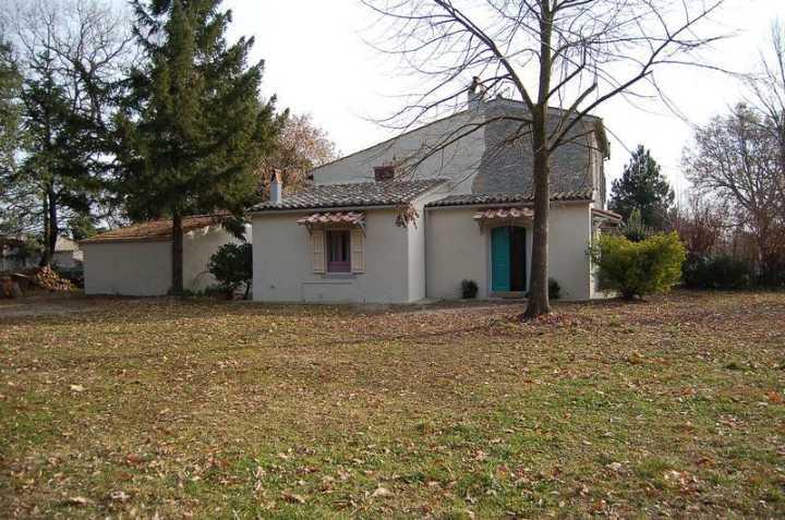 Rustico / Casale in affitto a Castel Giorgio, 5 locali, zona Zona: Contrada Poderetto, prezzo € 900 | CambioCasa.it