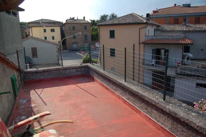 Soluzione Semindipendente in vendita a Castel Giorgio, 6 locali, prezzo € 120.000 | CambioCasa.it
