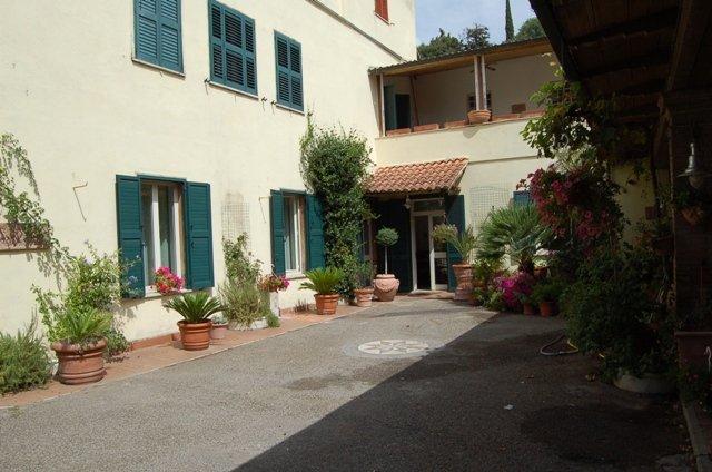 Soluzione Indipendente in vendita a Bolsena, 12 locali, prezzo € 460.000 | Cambio Casa.it