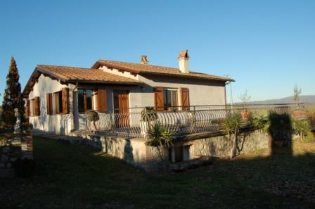 Soluzione Indipendente in affitto a Orvieto, 10 locali, zona Zona: Roccaripesena, Trattative riservate | Cambio Casa.it