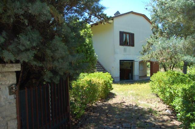 Soluzione Indipendente in vendita a Montecchio, 5 locali, prezzo € 170.000 | Cambio Casa.it