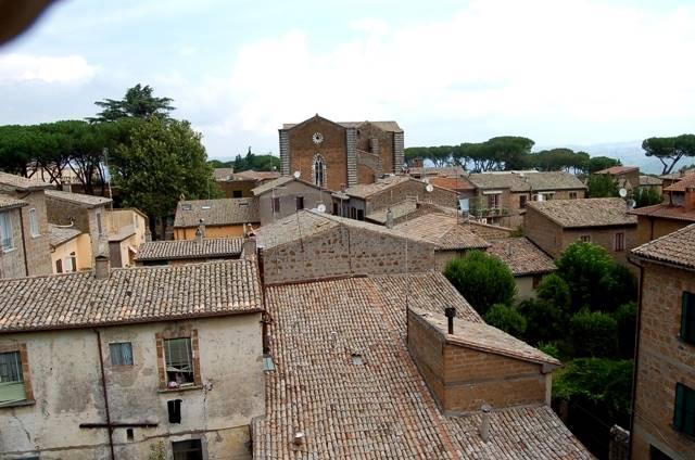 Appartamento in vendita a Orvieto, 4 locali, prezzo € 130.000 | Cambio Casa.it