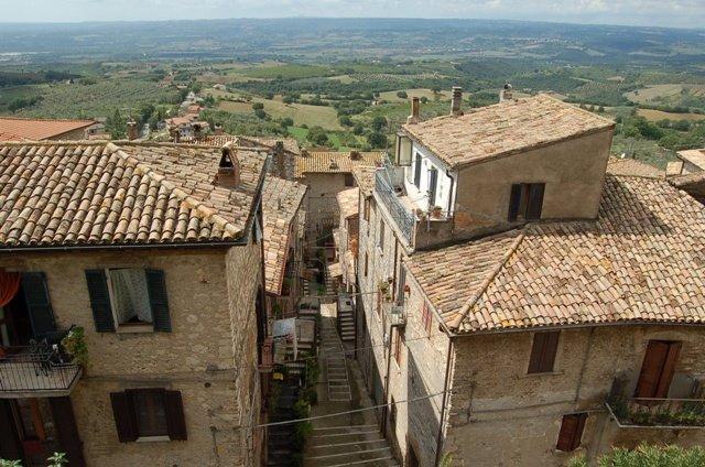 Appartamento in vendita a Montecchio, 5 locali, prezzo € 193.000 | Cambio Casa.it