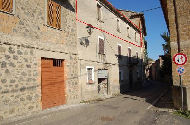 Appartamento in vendita a Orvieto, 6 locali, zona Zona: Sugano-Canonica, prezzo € 52.000 | Cambio Casa.it