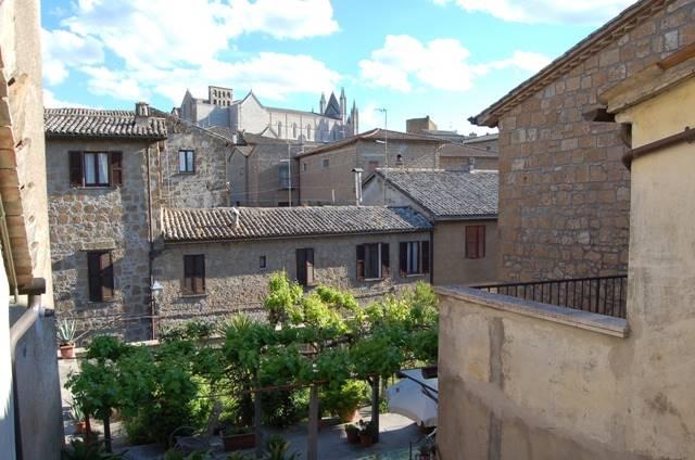 Appartamento in vendita a Orvieto, 5 locali, prezzo € 130.000 | CambioCasa.it