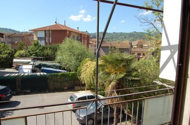 Appartamento in affitto a Orvieto, 6 locali, zona Zona: Sferracavallo, prezzo € 550 | CambioCasa.it